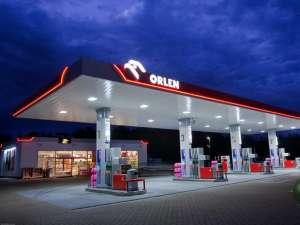Stacje paliw i inne obiekty związane z przemysłem motoryzacyjnym